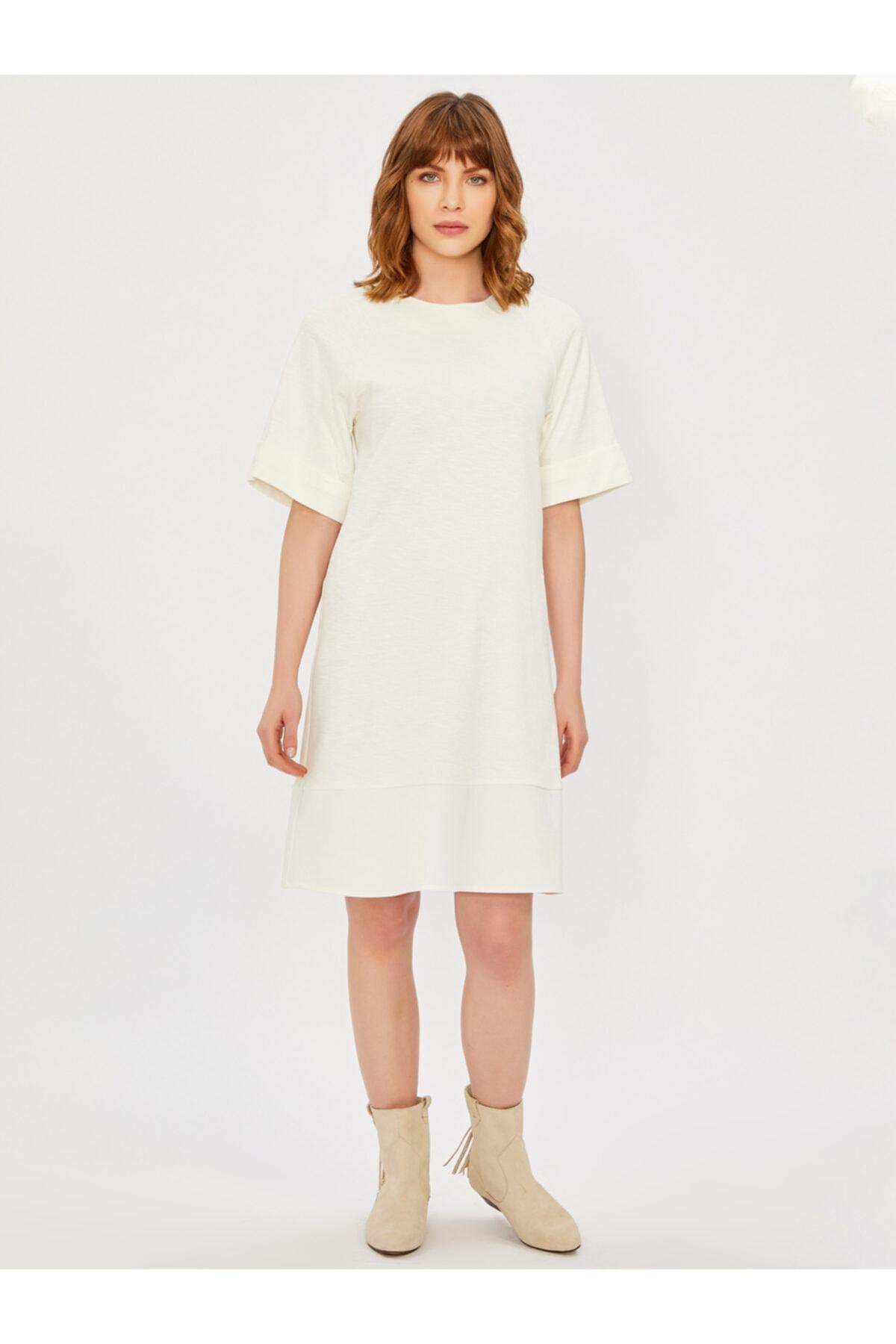 Vekem Kadın Bej Sıfır Yaka Rahat Kesim Elbise 1