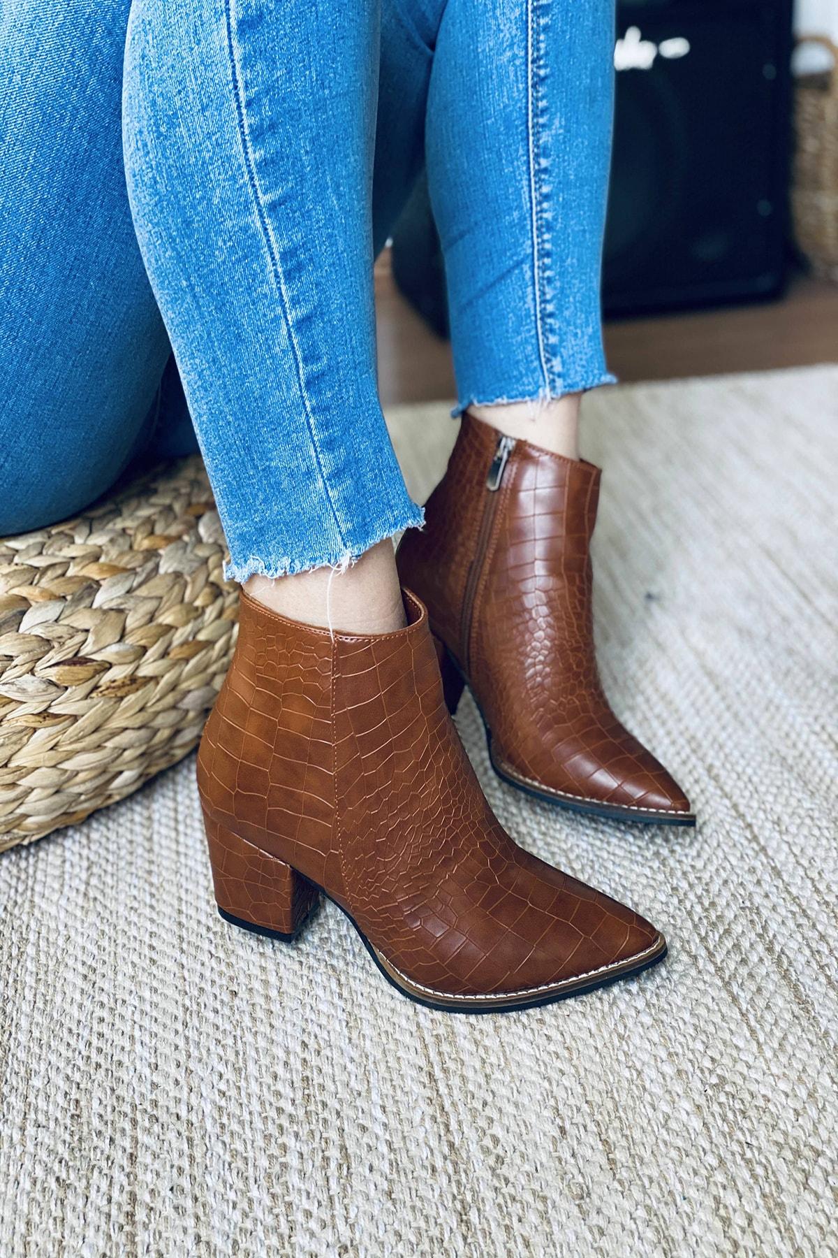 Mida Shoes Kadın Taba Crock Desenli Sivri Burun Yarım Çizme 1