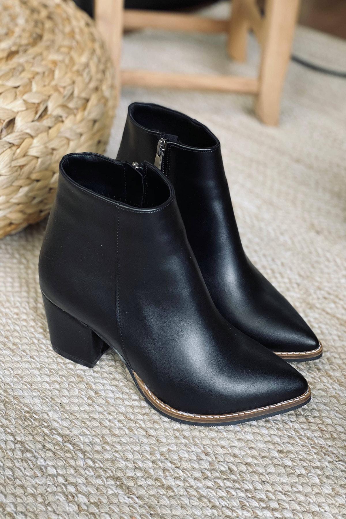 Mida Shoes Kadın Siyah Cilt Sivri Burun Yarım Çizme 2