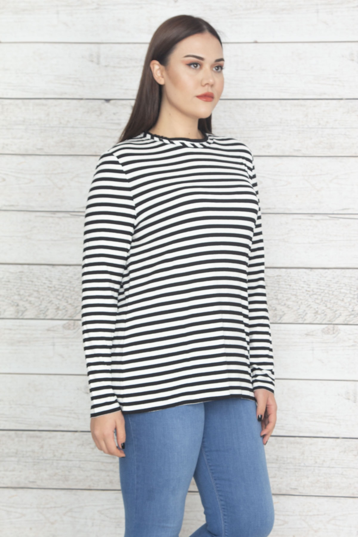 Şans Kadın Siyah Çizgi Detaylı Bluz 65N20374 1