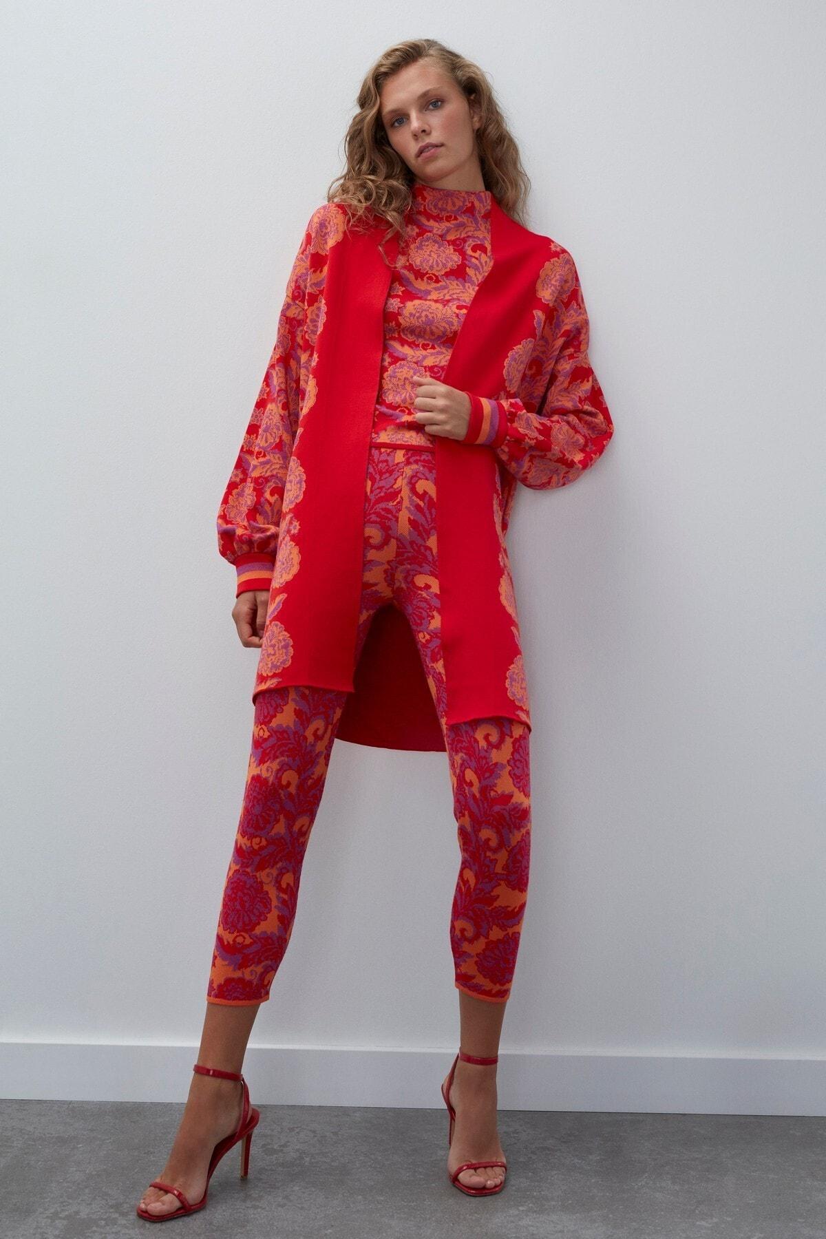 JOIN US Kadın Kırmızı Multi Çiçek Desenli Triko Hırka 2