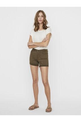 Vero Moda Kadın Yeşil Paçaları Katlamalı Şort10209883 VMHOT