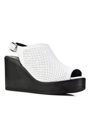 Cabani Kadın Beyaz Dolgu Topuklu Toka Detaylı Deri Günlük Sandalet