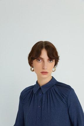 rue. Kadın Lacivert Dökümlü Drapeli Gömlek 21102079