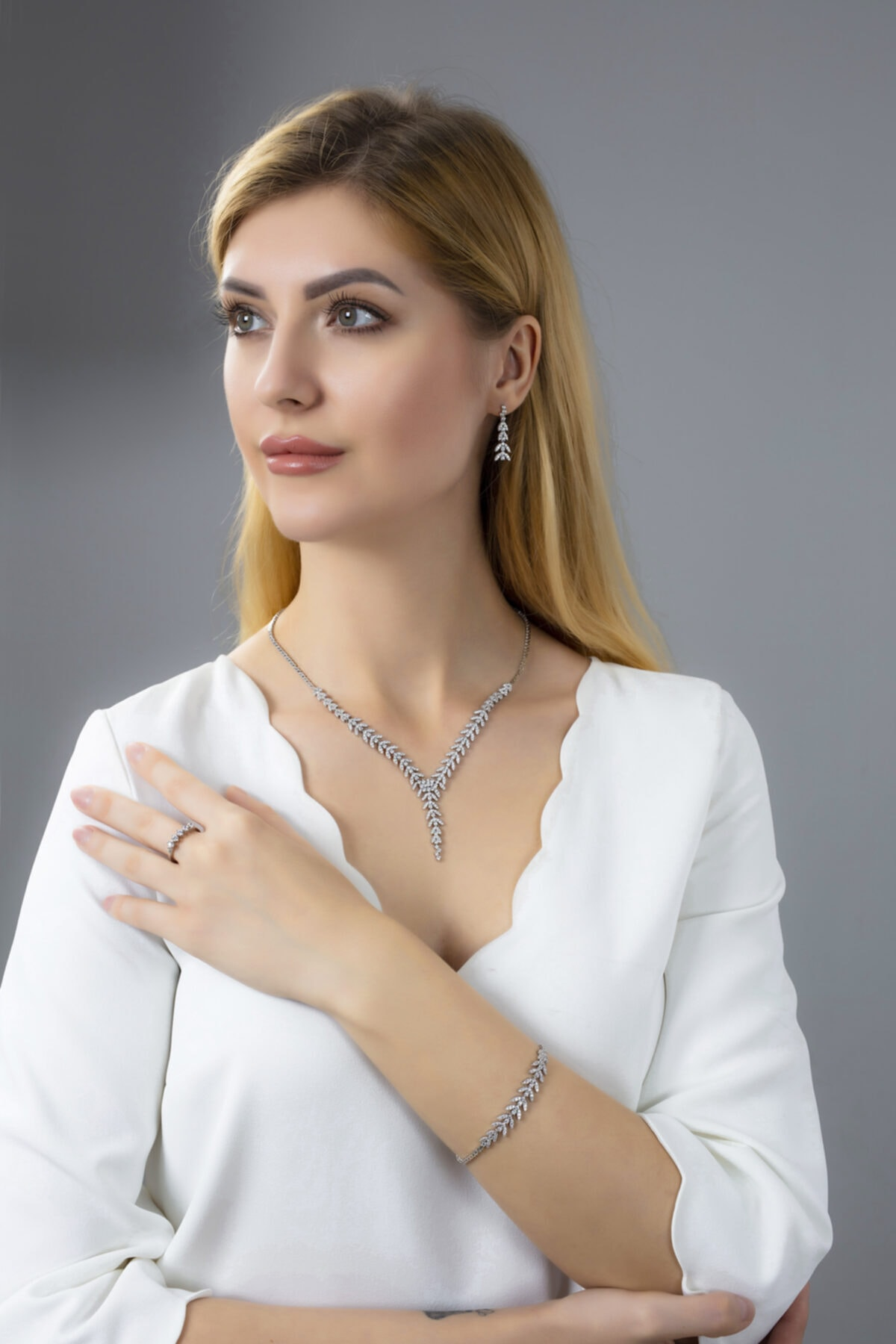 BARIŞ TAKI Kadın 925 Ayar Gümüş Salkım Pırlanta Montür 5 Taş Su Yolu Düğün Seti 1