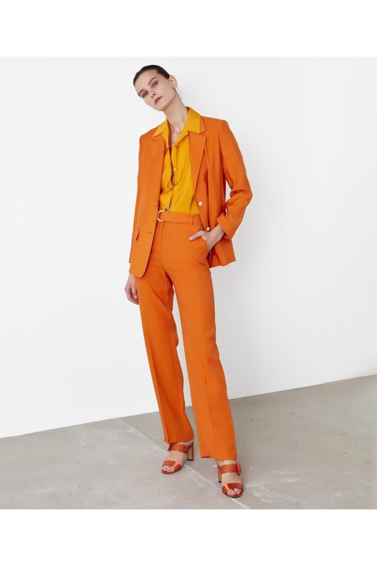 İpekyol Kadın Turuncu Sırt Detaylı Ceket 2