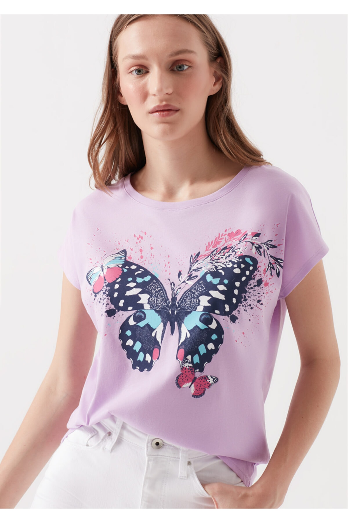 Mavi Kelebek Baskılı Lila Tişört 1