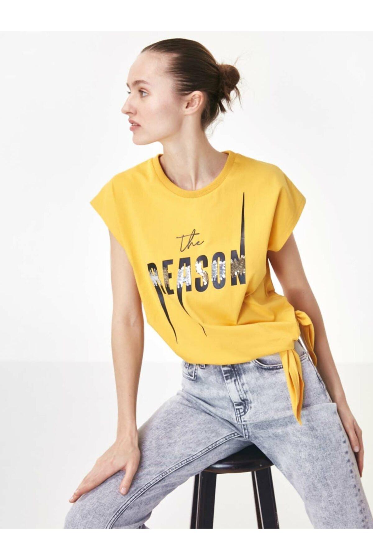 Twist Kadın Turuncu Baskı Üzeri Payet İşli Tişört 1