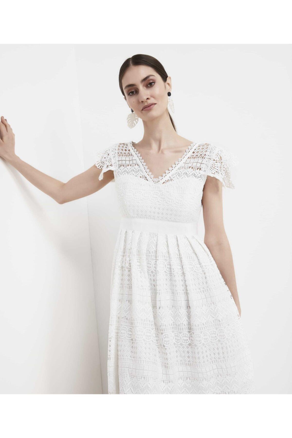 İpekyol Kadın Kırık Beyaz Bel Vurgulu Güpür Elbise 1
