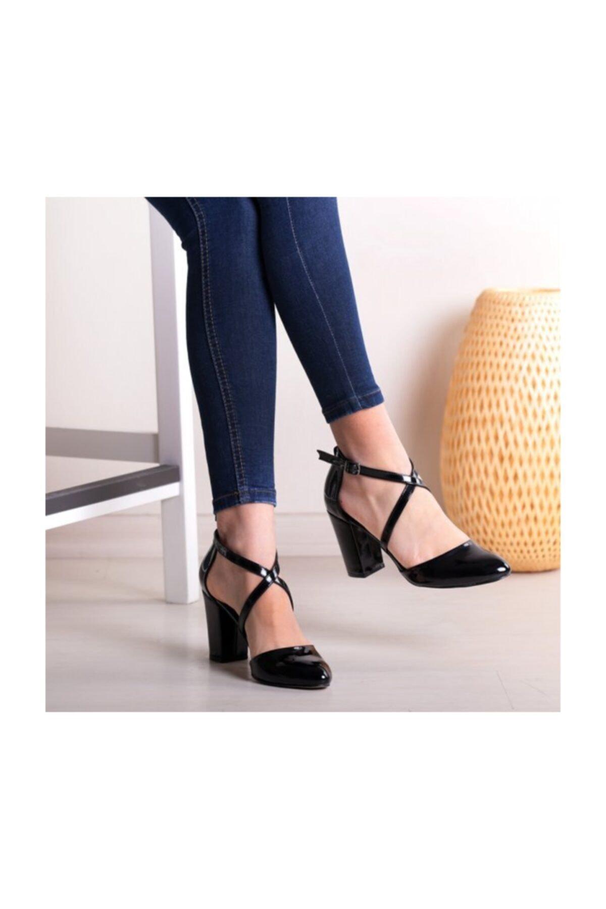 WoW Ayakkabı Siyah Rugan Kadın Sandalet 1