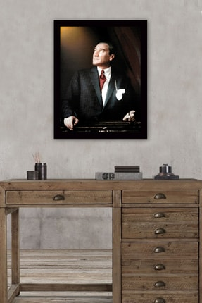 Tablo Center Siyah Çerçeveli Atatürk Tablosu 40 cm x 55 cm