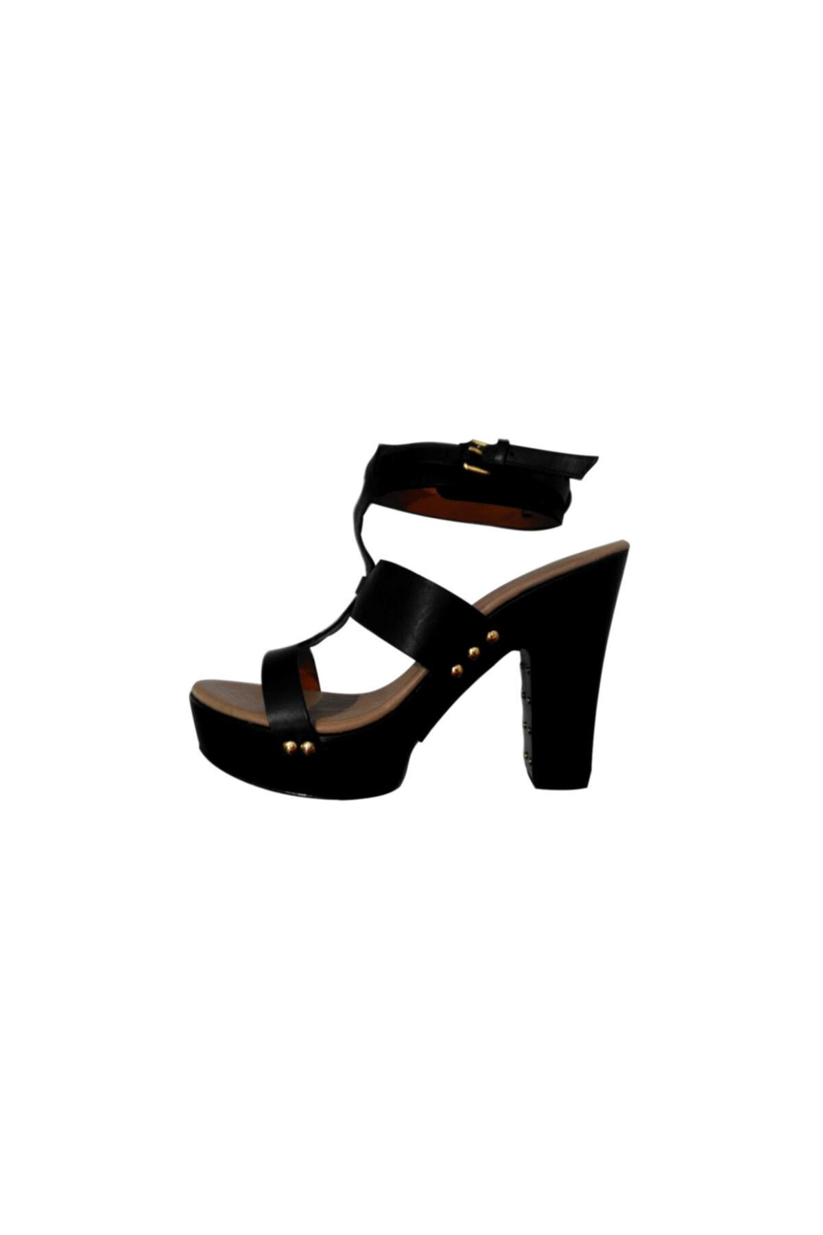Givenchy Kadın Topuklu Sandalet Siyah 515822 1