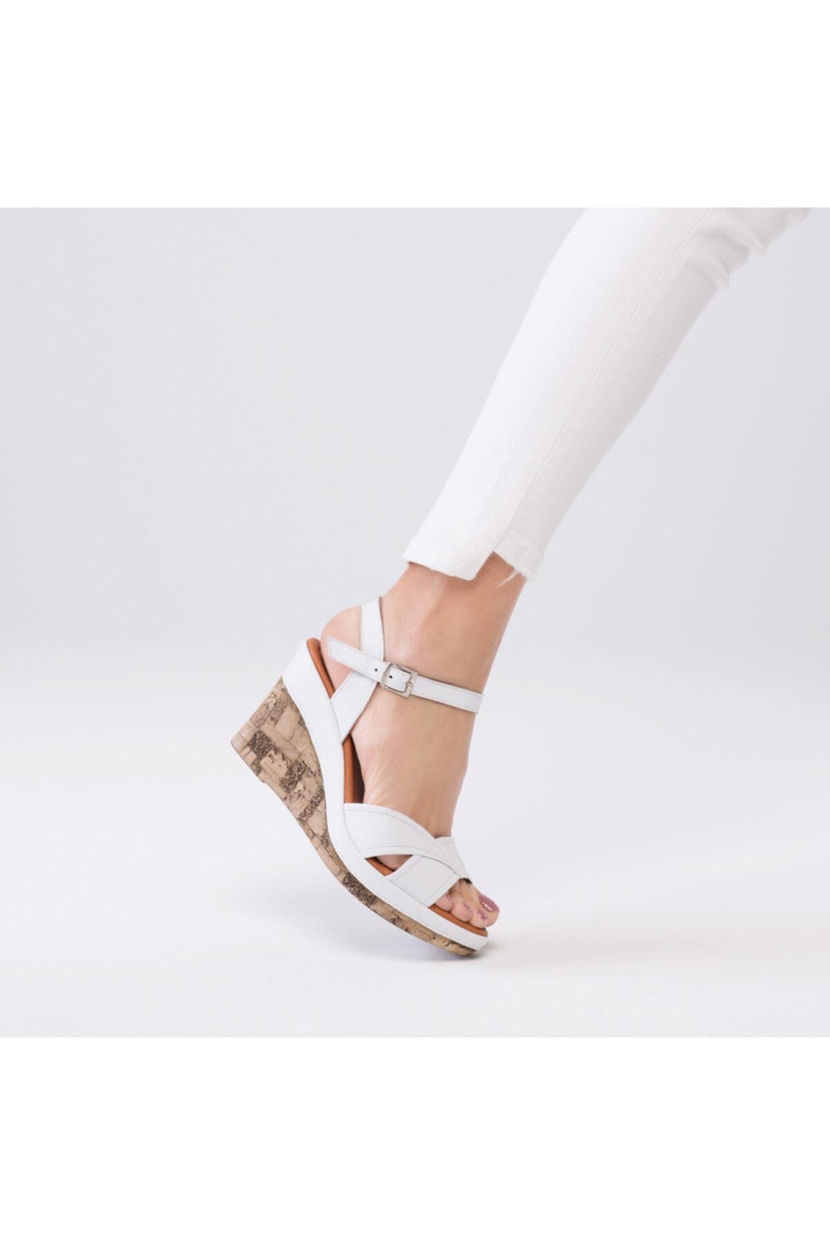 Zeynep Sıradağlı Riccarda Ortopedik Sandalet Beyaz 2