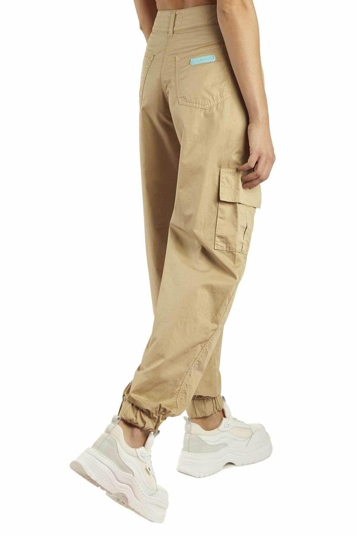 CHIARA FERRAGNI Kargo Pantolon 2