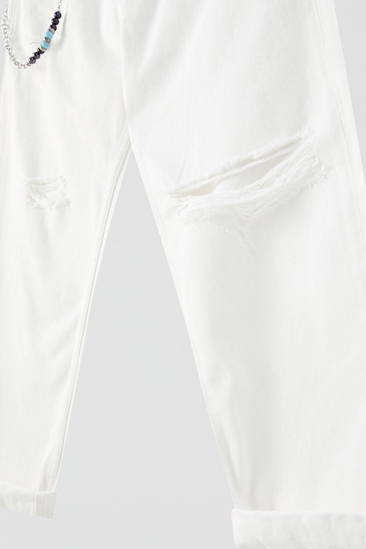 Pull & Bear Erkek Beyaz Zincirli Premium Relaxed Fit Jean 05684712