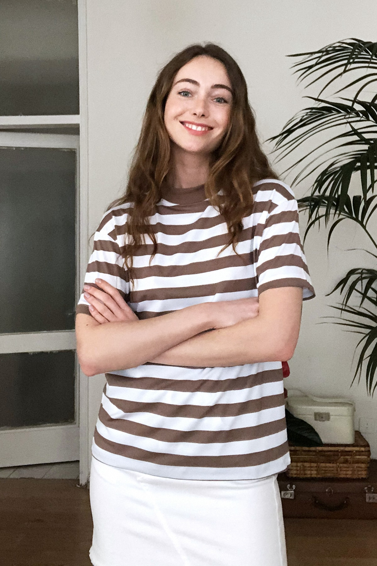 TRENDYOLMİLLA Kahverengi Dik Yaka Çizgili Basic Örme T-Shirt TWOAW20TS0096 2