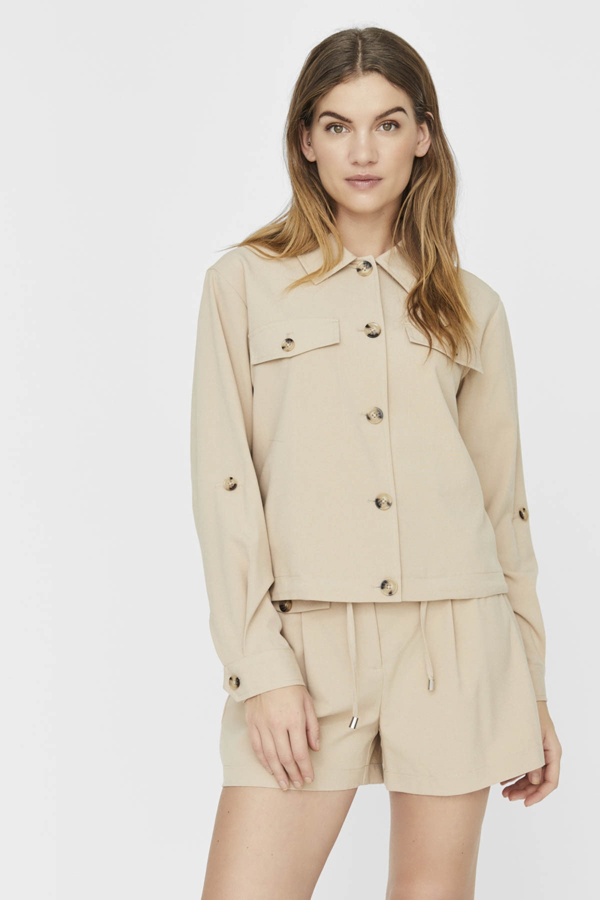 Vero Moda Kadın Bej Cep ve Düğme Detaylı Alttan Büzülebilir Ceket 10230717 VMOFELIA 2