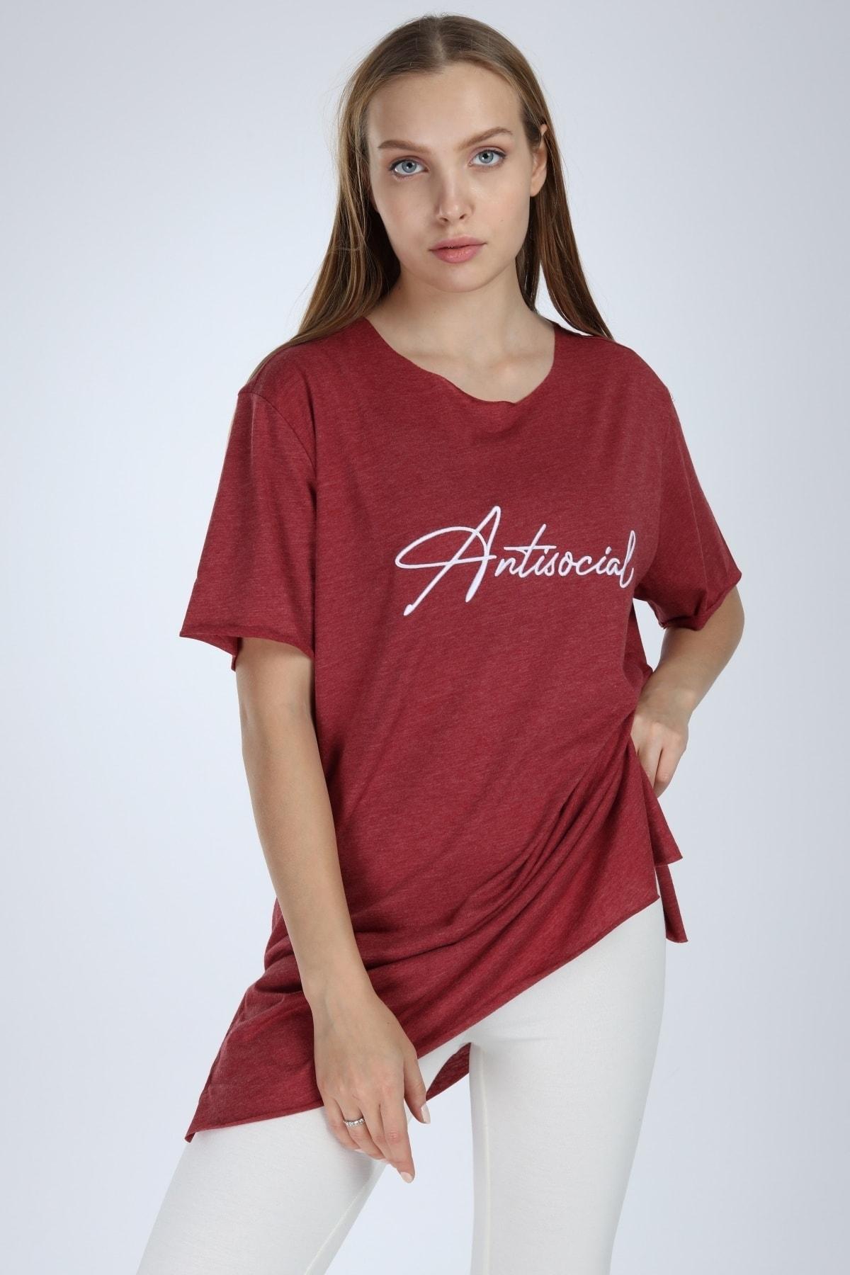 Millionaire Kadın Bordo Yırtmaçlı Antisocial Nakışlı Oversize T-shirt 1