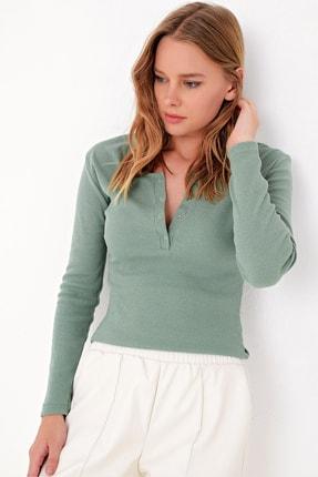 Trend Alaçatı Stili Kadın Çağla Yeşili Çıtçıtlı Kaşkorse Bluz MDS-345-BLZ