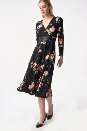 By Saygı Kadın Siyah Kruvaze Gül Desen Kemerli Örme Krep Likra Elbise