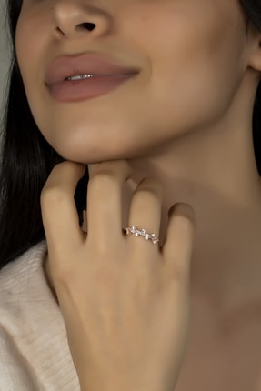 Else Silver Kadın Baget Taşlı Gümüş Prenses Yüzük