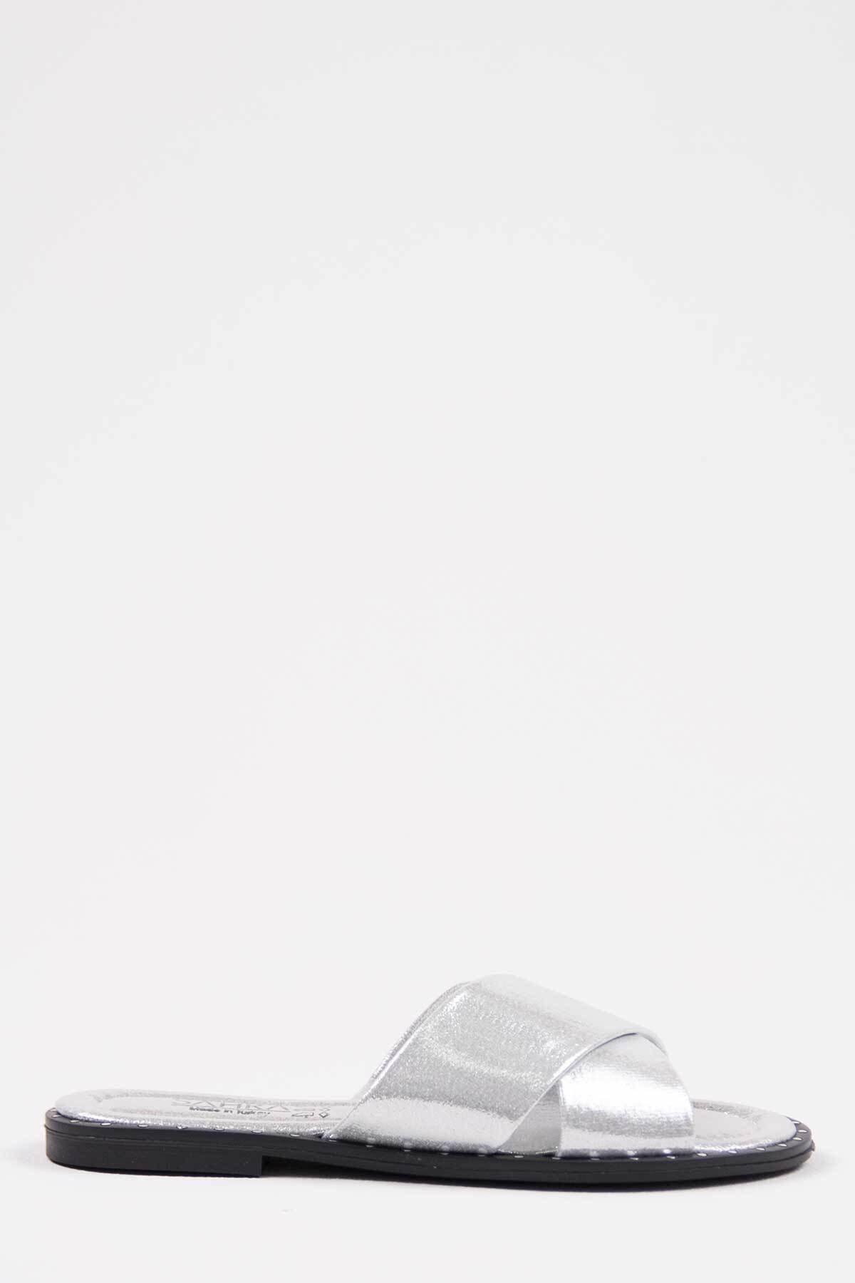 Oioi Gümüş Kadın Terlik 1002-122-0002_1011 1