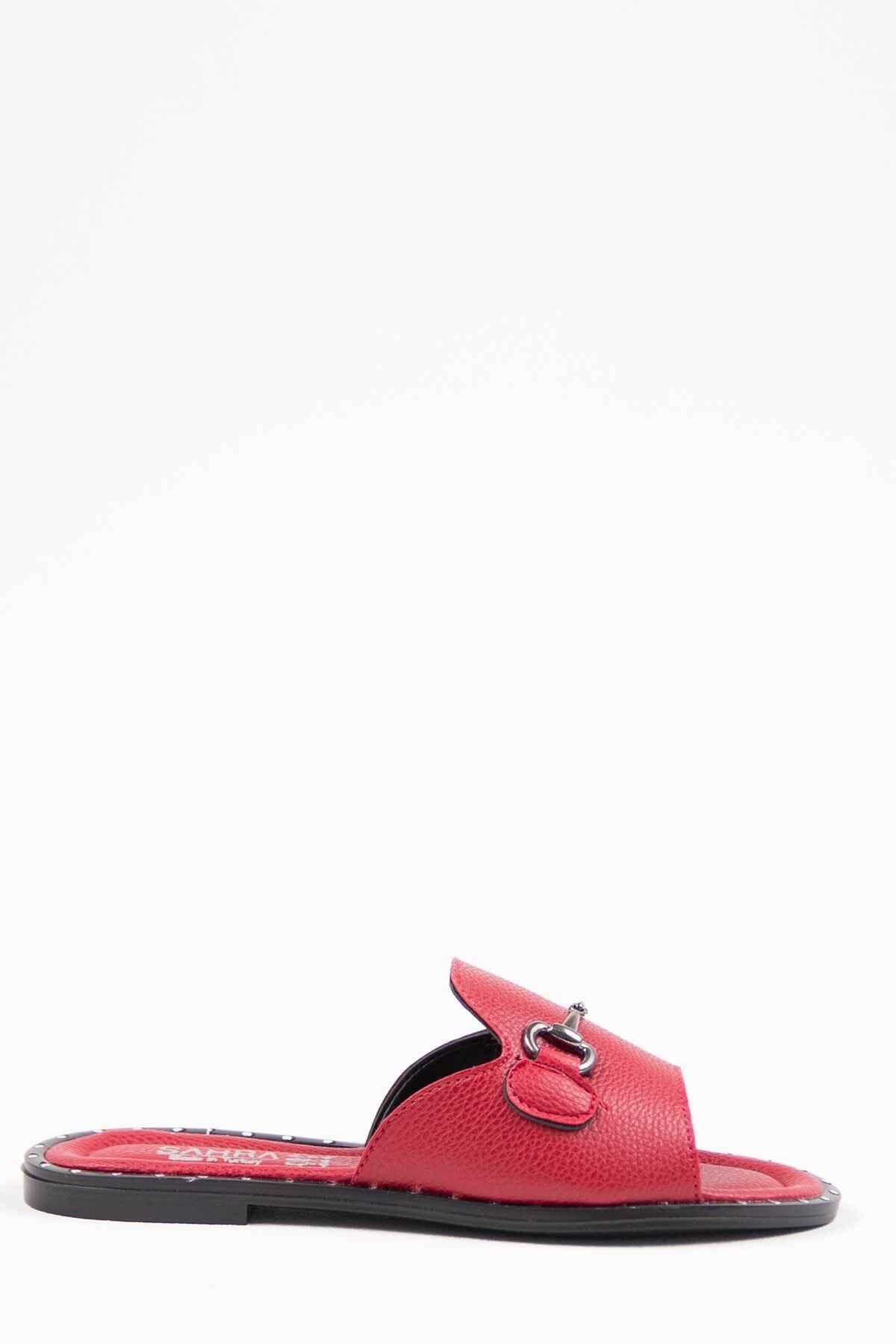Oioi Kadın Kırmızı Terlik 1002-122-0001_1007 1