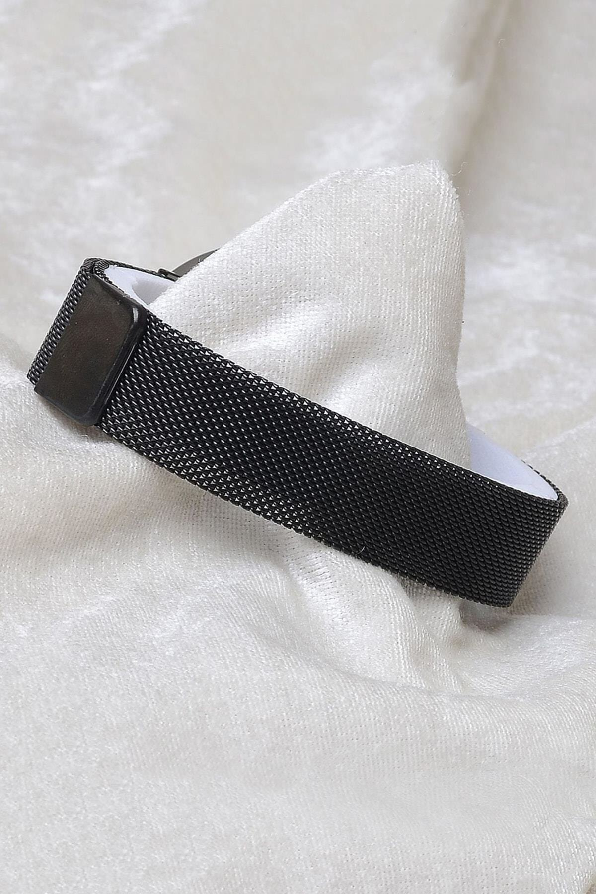 Spectrum Unisex Siyah Mıknatıslı Dokunmatik Kol Saati XT250131 2