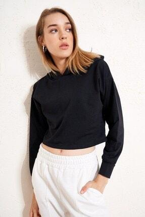 Eka Kadın Siyah Kapüşonlu Kısa Sweatshirt