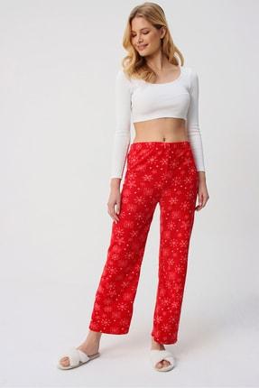 Trend Alaçatı Stili Kadın Kırmızı Desenli Polar Pijama Altı ALC-X5330