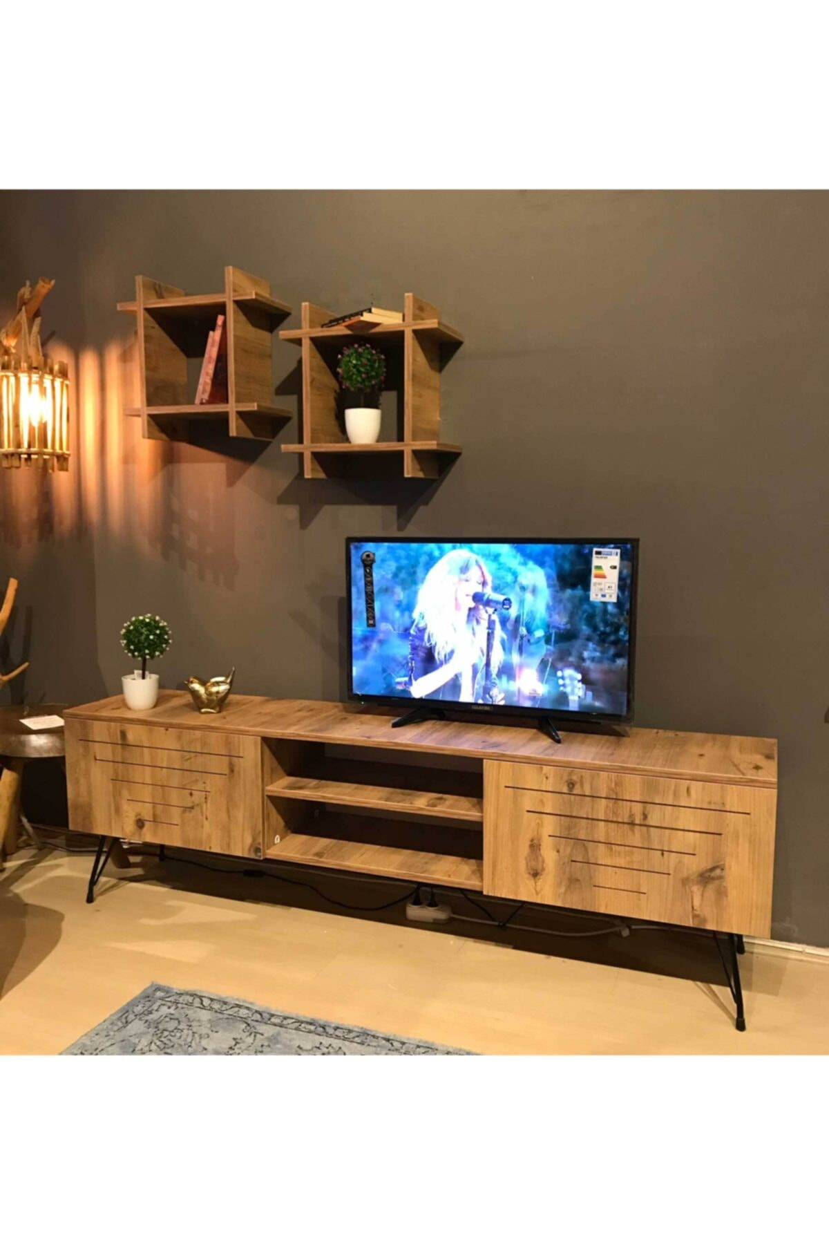 TE-HOME Ceviz Kare Düz Tv Ünitesi 1010 1