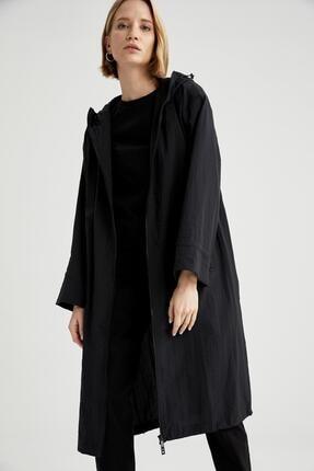 DeFacto Kadın Siyah Relax Fit Kapüşonlu Uzun İnce Yağmurluk