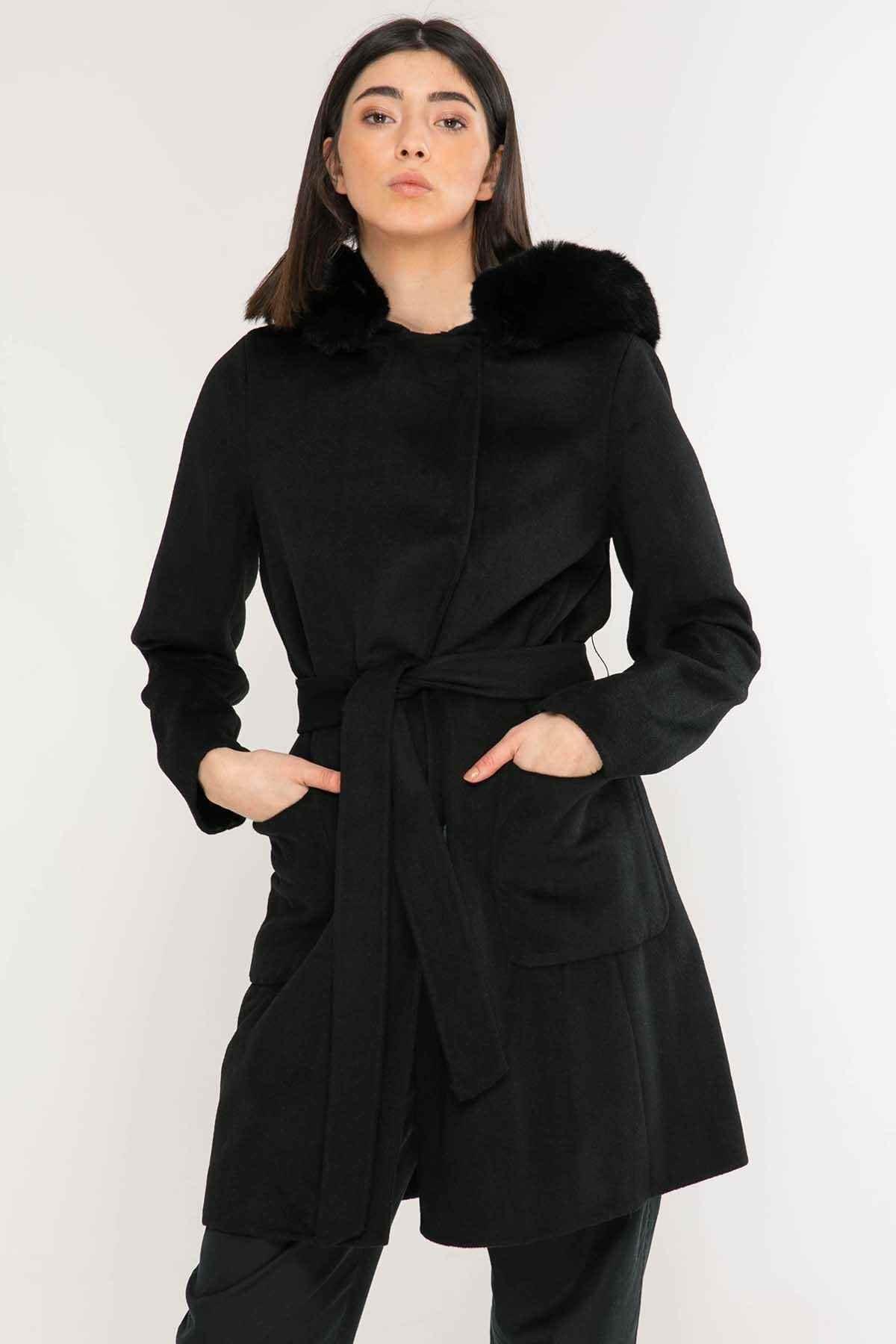 Polo Ralph Lauren Kadın Siyah Kuşaklı Palto 1