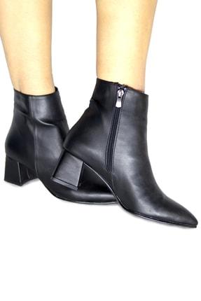 Pekcan Ayakkabı Sivri Kısa Buti Siyah Deri Topuk 5 Cm