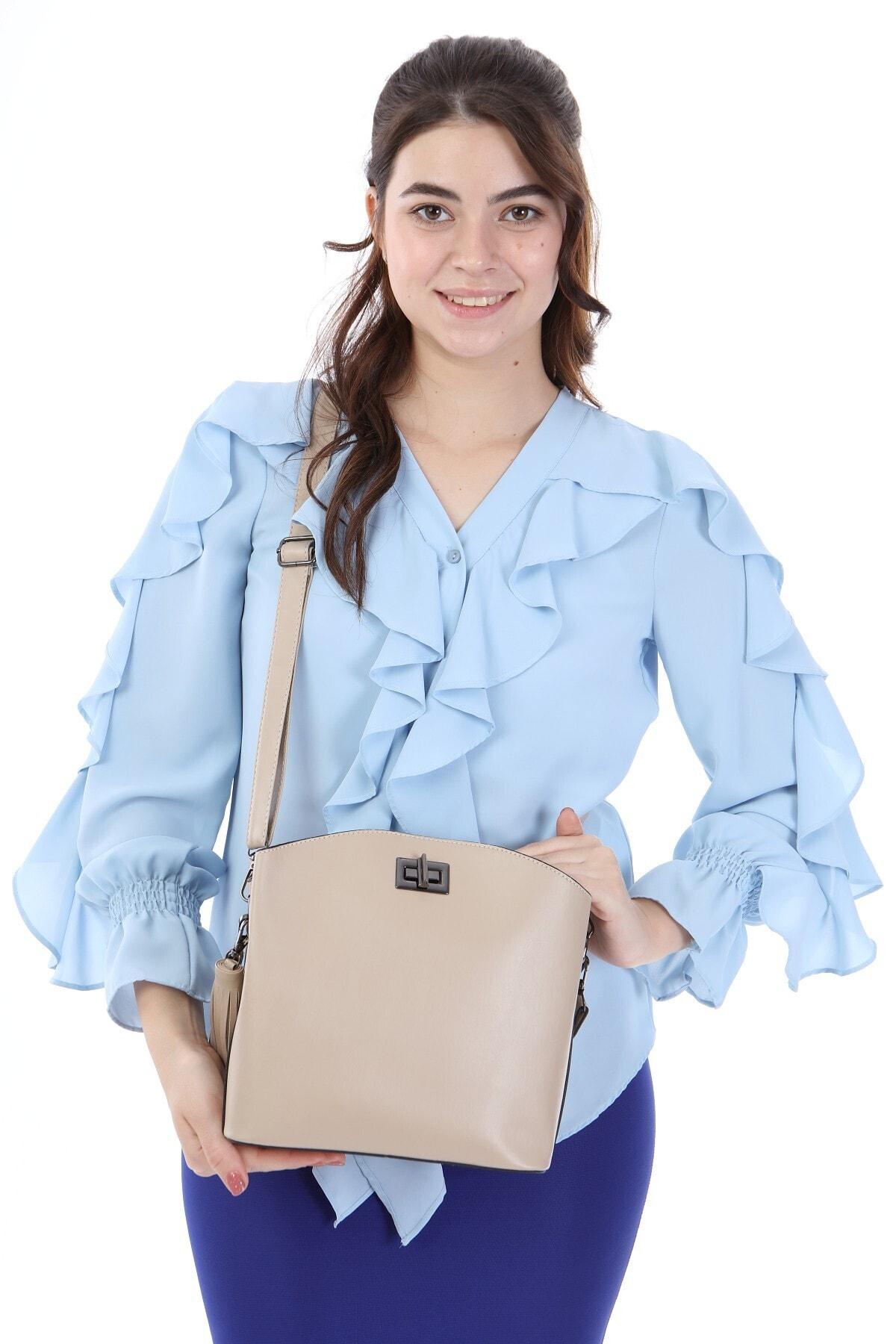womenacs Kadın Ten Rengi Elde Ve Omuz Askılı Kullanılabilen Bol Gözlü Püskül Çanta 1