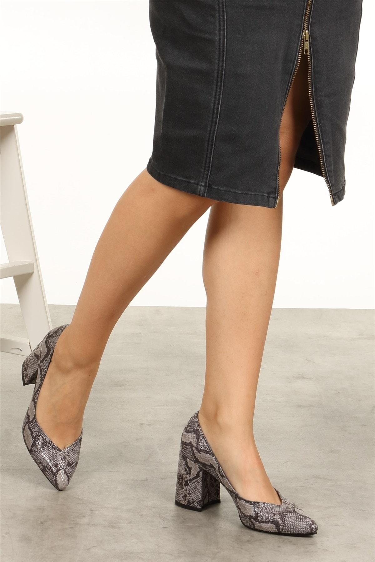 Mio Gusto Anna Gri Yılan Desenli Ayakkabı 2