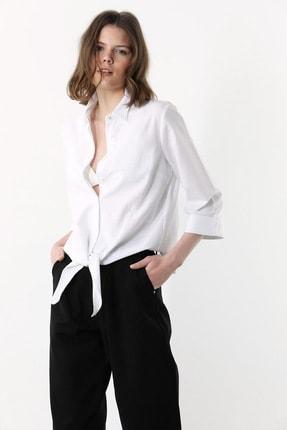 Network Kadın Regular Fit Beyaz Bağcıklı Gömlek 1078886