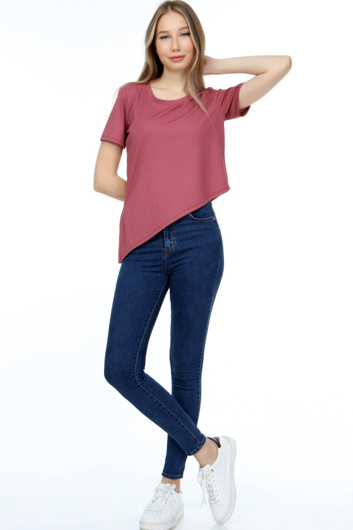 AKDEM GROUP Kadın Pembe Çapraz Crop T-Shirt 1