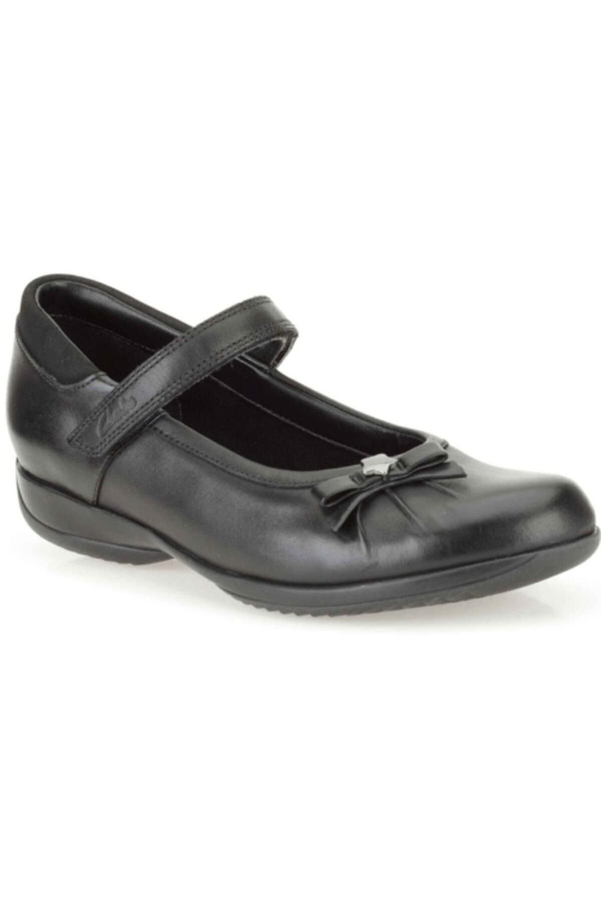 CLARKS Kız Çocuk Siyah Cırtlı Ayakkabı 1