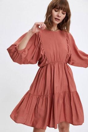 DeFacto Beli Büzgülü Volan Detaylı Uzun Kollu Elbise