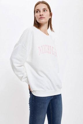 DeFacto Kadın Beyaz Yazı Baskılı Oversize Sweatshirt
