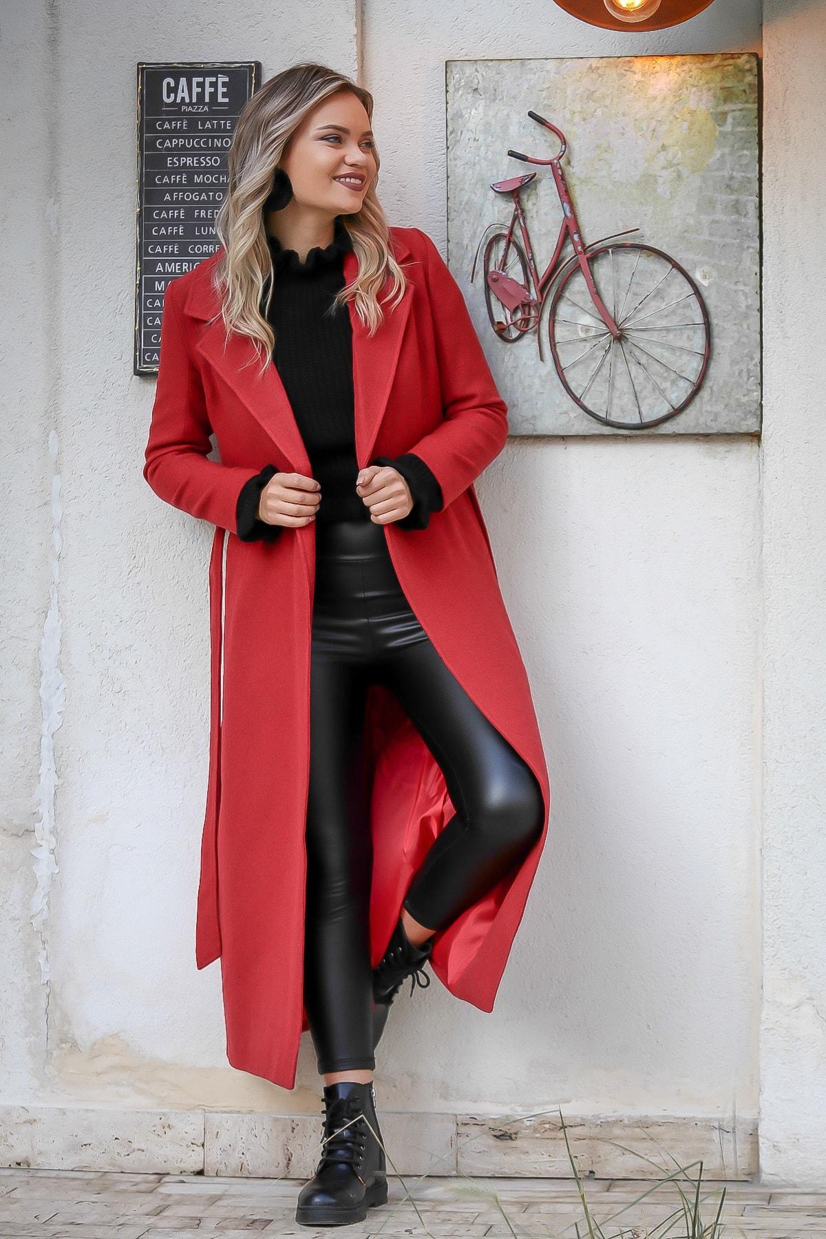 Chiccy Kadın Mercan Klasik Ceket Yakalı Cepli Astarlı Kuşaklı Yırtmaçlı Kaşe Uzun Kaban M10210200KA99823