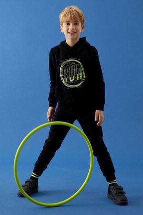 DeFacto Fit Erkek Çocuk Siyah Baskılı Sweatshirt ve Eşofman Takımı