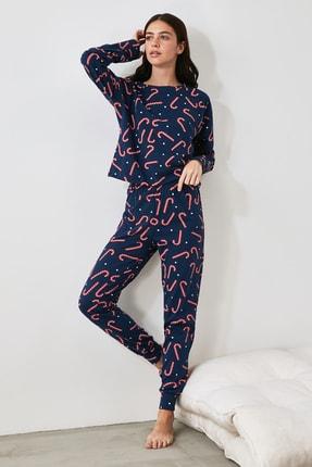 TRENDYOLMİLLA Baskılı Örme Pijama Takımı THMAW21PT0771
