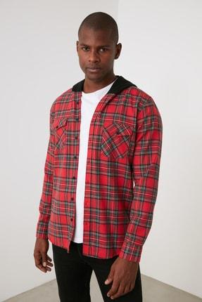 TRENDYOL MAN Kırmızı Erkek Ekose Kapüşonlu Regular Fit Gömlek TMNAW21GO1175