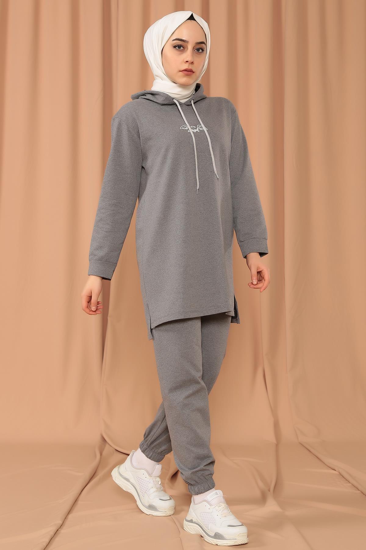 MODA GÜLAY Angel Baskılı Kapşonlu Pantalonlu Takım 1