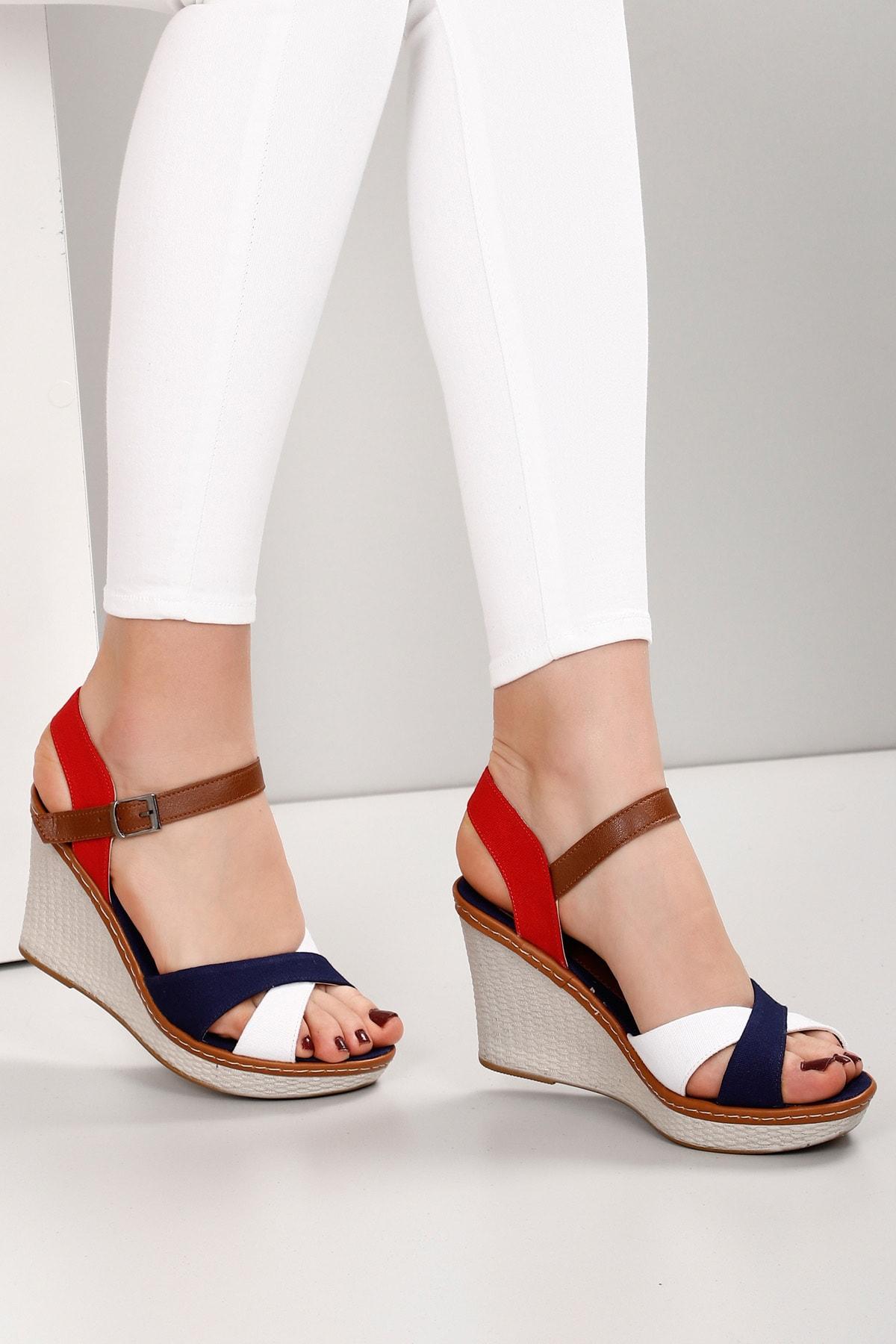GÖNDERİ(R) Beyaza Lacivert Kadın Sandalet 37701 2