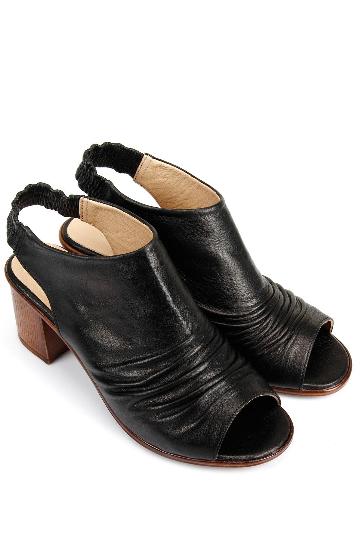 GÖNDERİ(R) Kadın Siyah Hakiki Deri Sandalet 45619 2