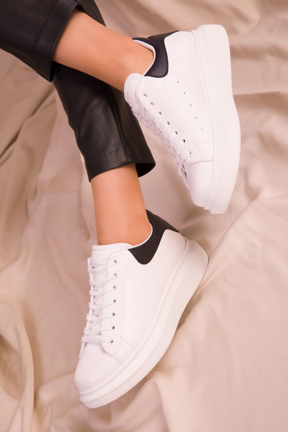 SOHO Beyaz-Siyah Kadın Sneaker 15732 2