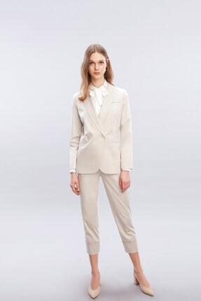 W Collection Kadın Bej Zincir Detaylı Ceket
